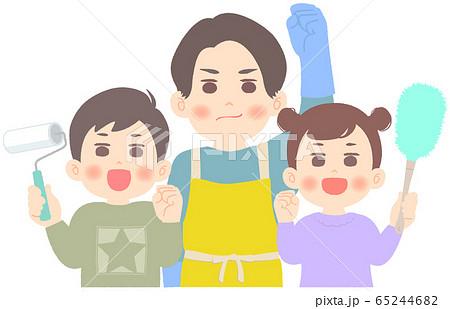 掃除を頑張る父子 - 大掃除 65244682