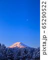 山梨_厳冬の富士山絶景 65290522