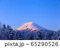 山梨_厳冬の富士山絶景 65290526