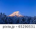 山梨_厳冬の富士山絶景 65290531