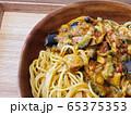 夏野菜カレーパスタ 65375353