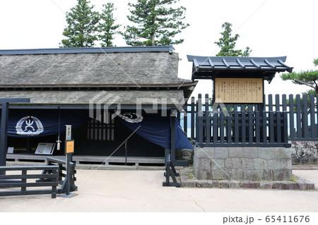 神奈川県の箱根町の芦ノ湖湖畔にある箱根の関所 65411676