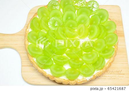 シャインマスカットのタルトケーキ 65421687