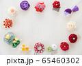 つまみ細工の簪 背景用 65460302
