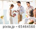 ロマンチックなリゾートウェディング 65464560