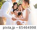 ロマンチックなリゾートウェディング 65464998
