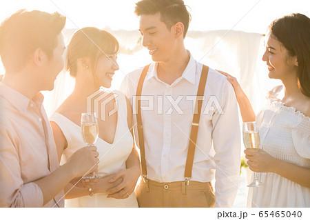 ロマンチックなリゾートウェディング 65465040