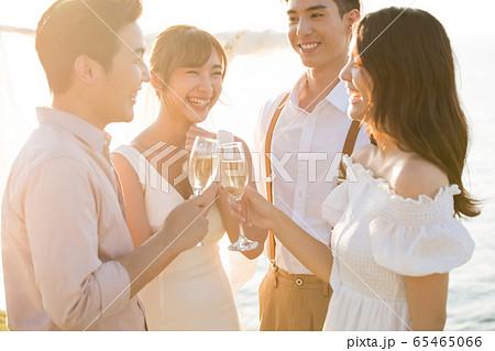 ロマンチックなリゾートウェディング 65465066