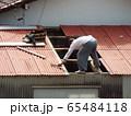台風で損壊した屋根の補修 65484118