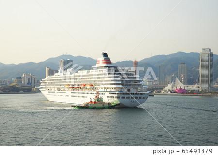 飛鳥2 神戸港入港 65491879