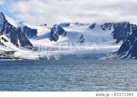 スヴァールバル諸島の景色 65571365