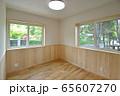 新築住宅 木造注文住宅の洋室 65607270