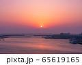 三浦半島から望むダイヤモンド富士(神奈川県 城ヶ島大橋より) 65619165