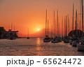 海からの富士山夕景(神奈川 三浦半島) 65624472