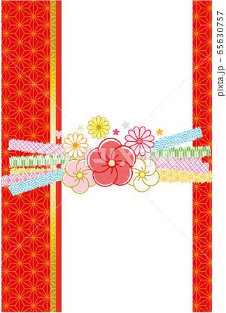 麻の葉和柄背景 梅と菊の花の束ね熨斗風リボン 65630757