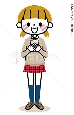学生 女の子 スマホ 笑顔 65637994