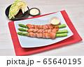 国産アスパラのベーコン巻き、アスパラベーコン、グリル料理、簡単レシピ。 65640195