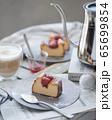 NYチーズケーキと苺のコンフィチュール 65699854