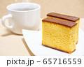 カステラとホットコーヒー 65716559