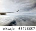 飛行機からの雲上空2 65716657