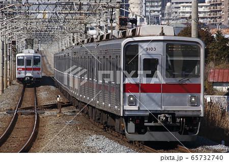 地下鉄有楽町線直通の東上線9000系 65732740