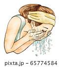洗顔する人 65774584