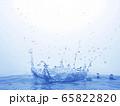 水しぶき 65822820