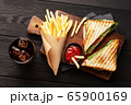 Club sandwich, potato fries chips and cola 65900169