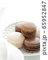 コーヒーマカロンとチョコレートマカロン 65952847