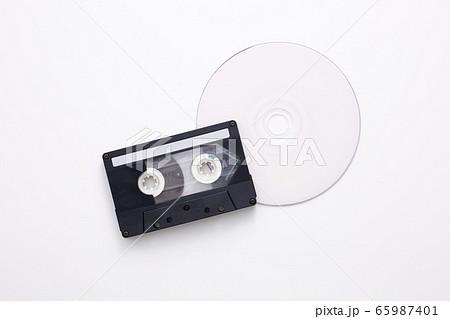 ディスク カセットテープ 65987401