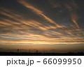 都会の夕焼け 66099950