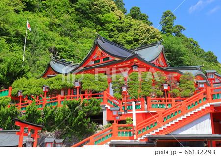 【島根県】晴天下の太皷谷稲成神社の新殿(津和野) 66132293