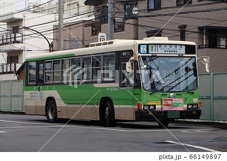 都営バス東陽操車所にて(木11-新木場循環/いすゞ・キュービック) 66149897