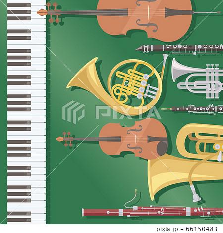 ダークグリーンの背景に配置された楽器。ピアノ、金管楽器、弦楽器、木管楽器。オーケストラのイメージ 66150483