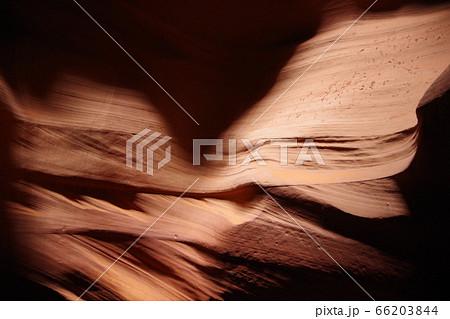 砂の結晶にできたLOVE アンテロープキャニオン 66203844