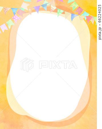 ガーランドで飾ったオレンジ色のフレーム 66224025
