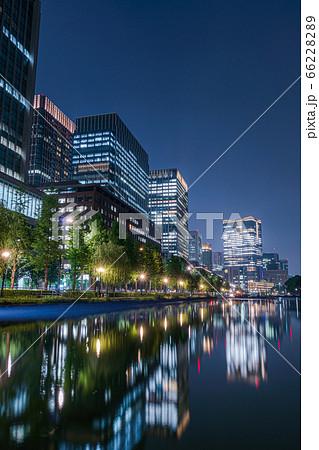 【東京都】高層ビル郡の夜景を見渡せる橋 66228289