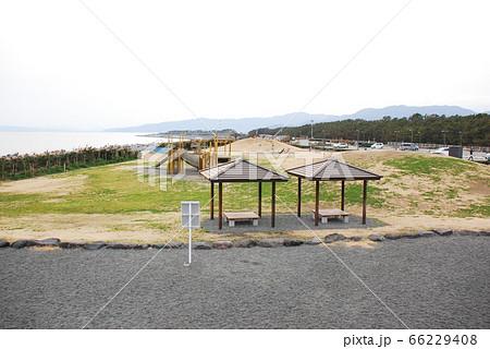 「ふじのくに田子の浦みなと公園」を望む(静岡県富士市) 66229408