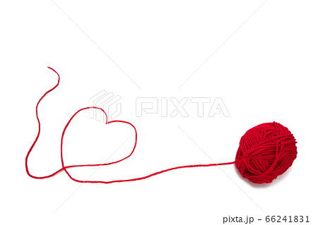 赤い毛糸のハート 66241831