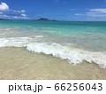 夏の晴天のカイルアビーチ 66256043