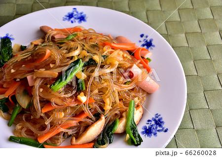 韓国春雨使用魚肉ソーセージいりチャプチェ韓国風 イメージ 66260028