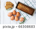 手作りケーキと材料の卵 66308683