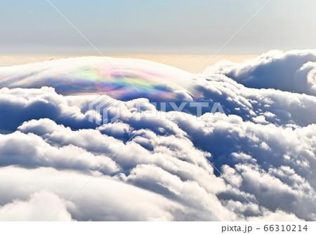 西日本最高峰の百名山石鎚山で見えた彩雲 66310214