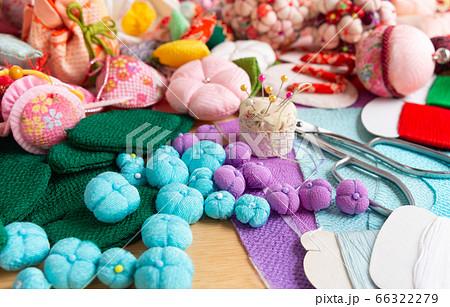 つるし飾りの製作 ちりめんで作るあじさいの花 趣味の裁縫 つるし飾りのモチーフ色々 66322279
