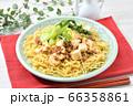 オリジナル料理のマーボー焼きそば、麻婆ヤキソバ、麻婆焼そば。 66358861