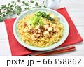 オリジナル料理のマーボー焼きそば、麻婆ヤキソバ、麻婆焼そば。 66358862
