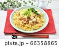 オリジナル料理のマーボー焼きそば、麻婆ヤキソバ、麻婆焼そば。 66358865