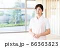 介護 女性 病院 ヘルパー 介護士 66363823