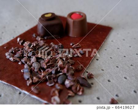 レトロなハート付きのチョコレート 66419627