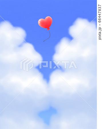 赤いハート型風船が飛ぶ、モクモク雲のある青空・縦長 66447837